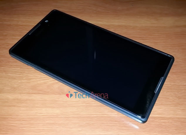 Sony Xperia C C2305 Smartphone Review