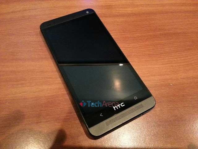 HTC One PNO7110 Black Smartphone Review